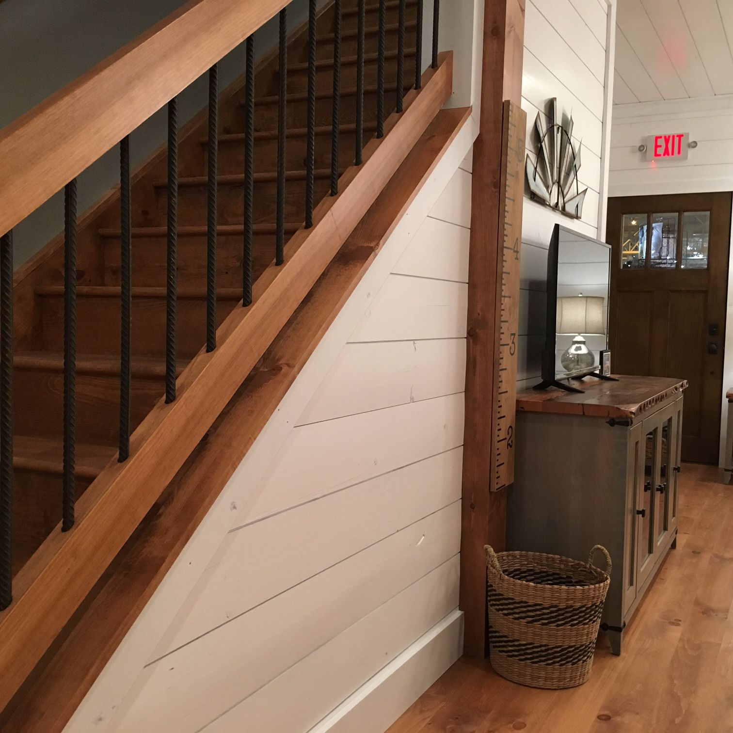 Best Great Big Home Garden Show Appearance Rustic Stairs 400 x 300