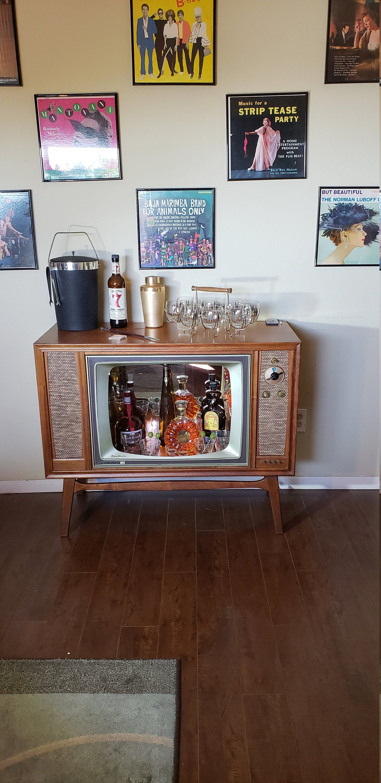 Vintage 1960 S Rca Tv Bar By Ragdollbettys On Etsy Liquor Cabinet Bar Home Decor