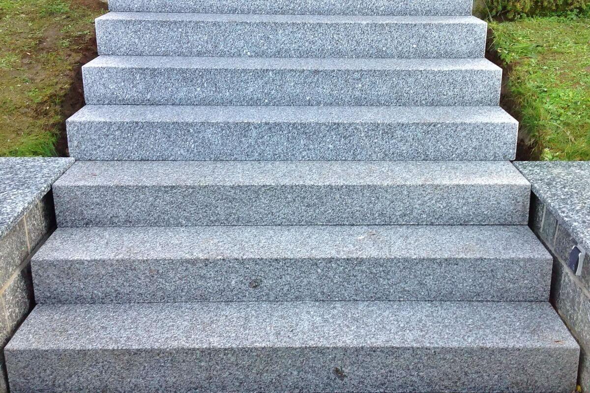 Blockstufen Aus Granit Granit Treppen Granitpflaster Granit Blockstufen Blockstufen