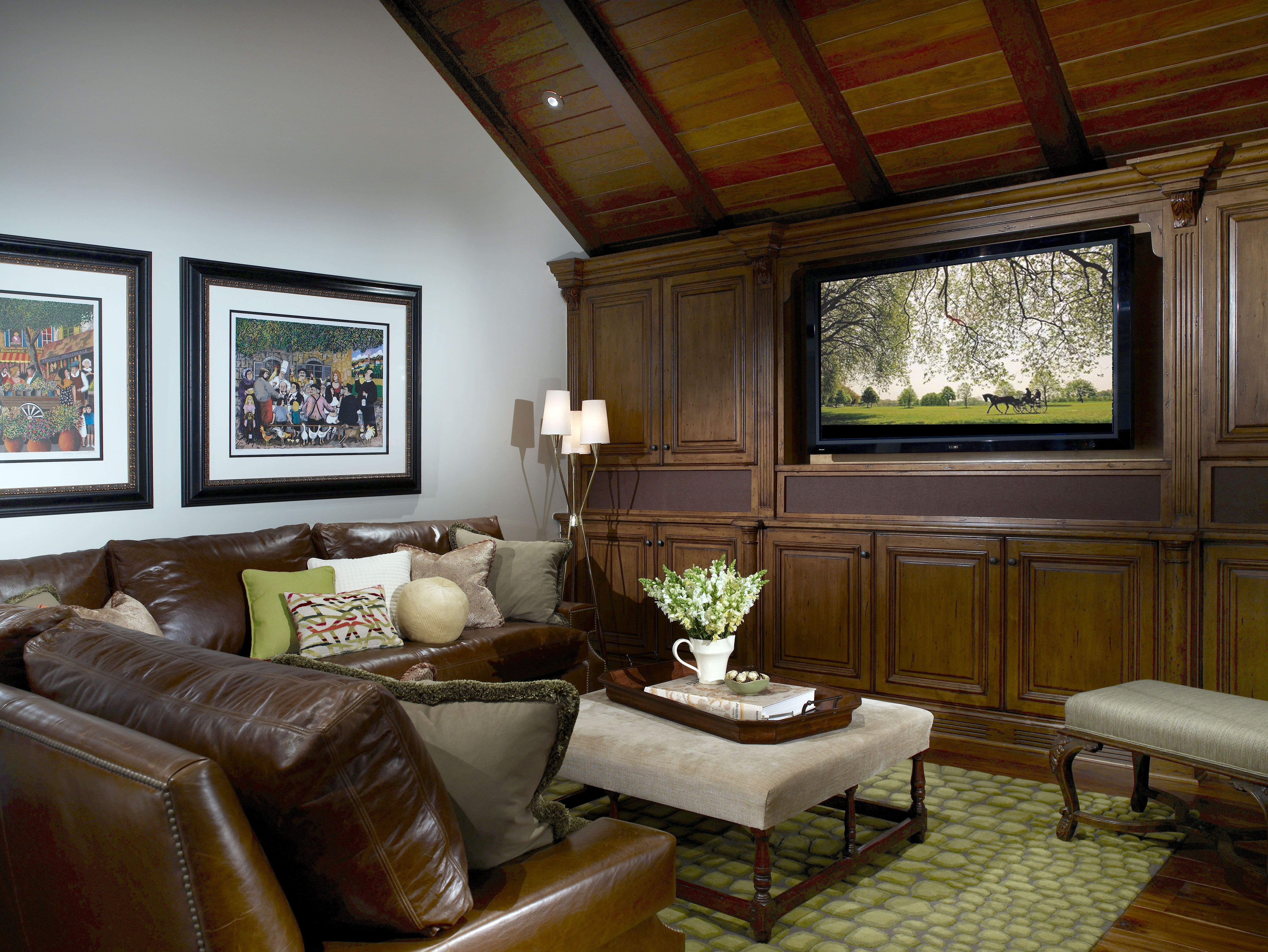 Designed with Sunday football in mind, this family friendly media room hosts a myriad of neighborhood events.