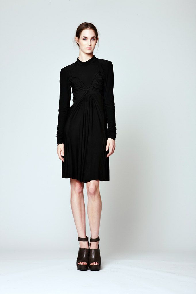 Vera Wang Resort 2012 Collection Slideshow on Style.com
