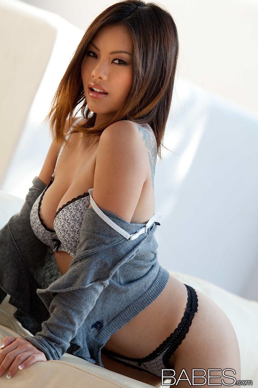 Nice Boobs Model