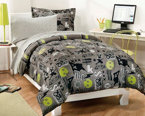 Extreme Sports Skateboard Bedding for Teen Boys Twin or Full Comforter Set  Bed in a Bag. Extreme Sports Skateboard Bedding for Teen Boys Twin or Full