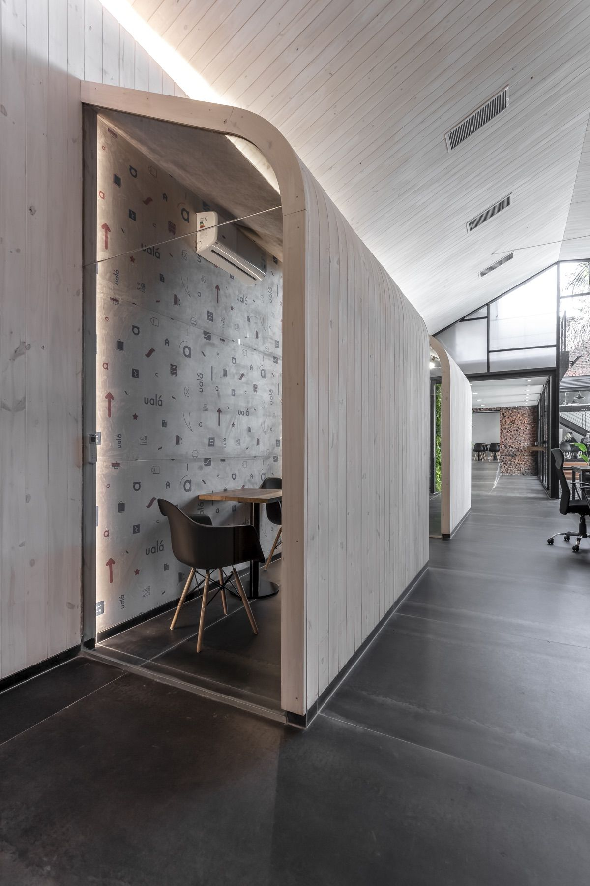A Tour Of Uala S New Buenos Aires Office Interior Design Firms