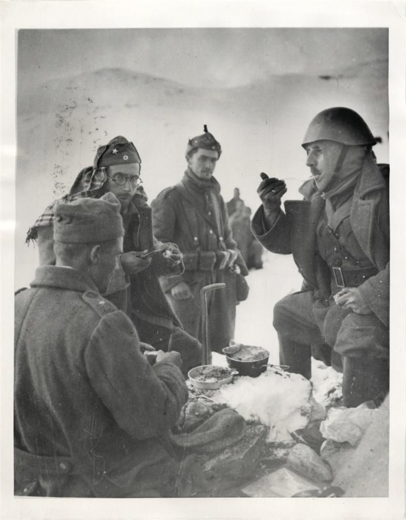 1941 Greek Soldiers Take Time Out For Meal In Snow Covered Tepelini Sector Of Albania During Battle With Italians Greek Soldier Wwii History Greece History