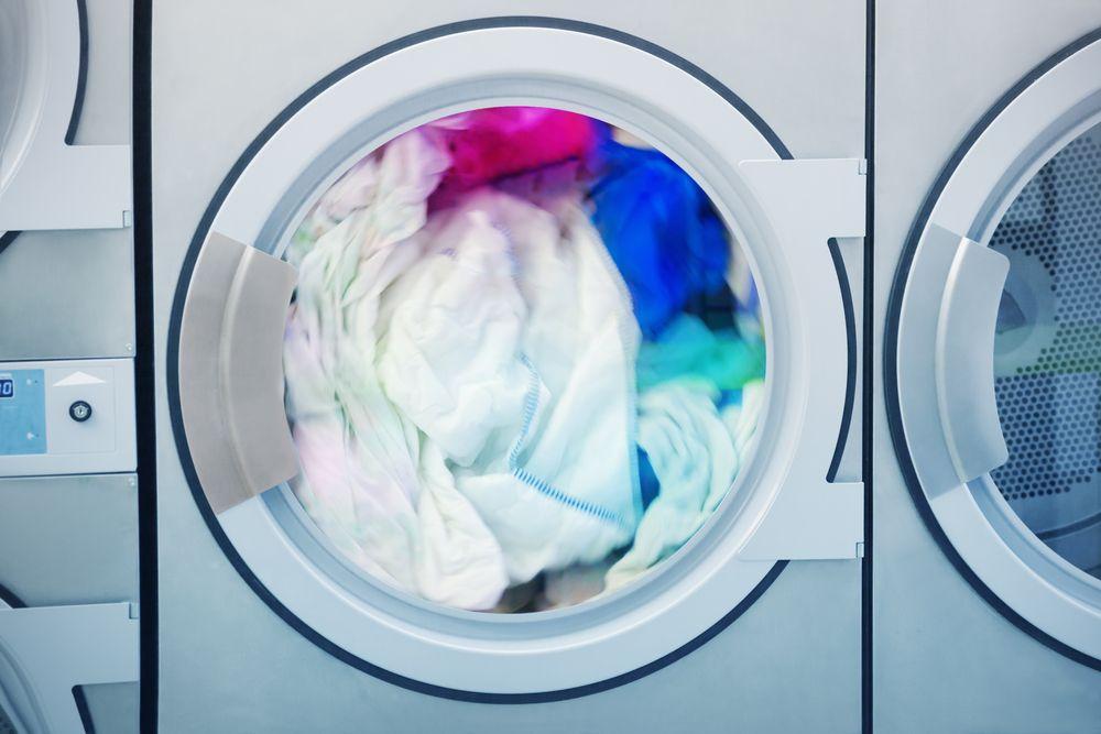 A Waterless Laundromat Irrigates Its Own Customer Service Legend