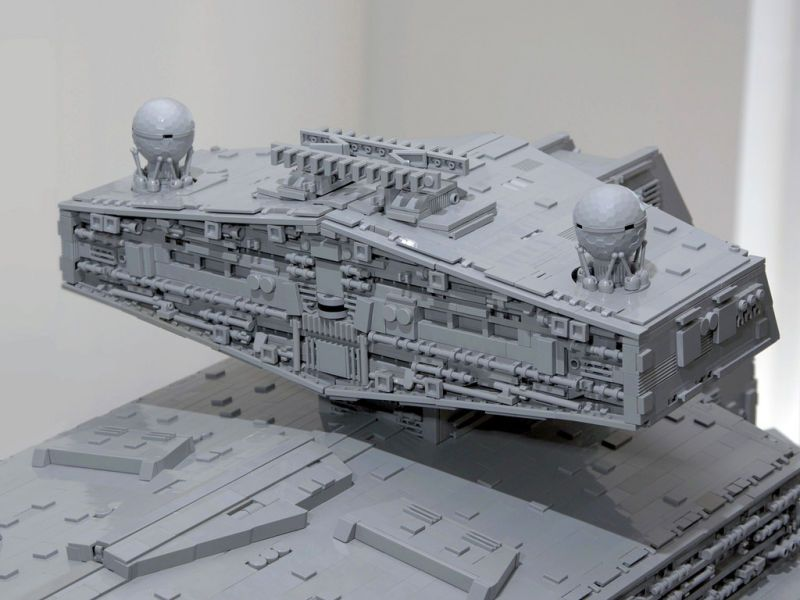 The biggest, most accurate Lego Imperial Star Destroyer ever built ...