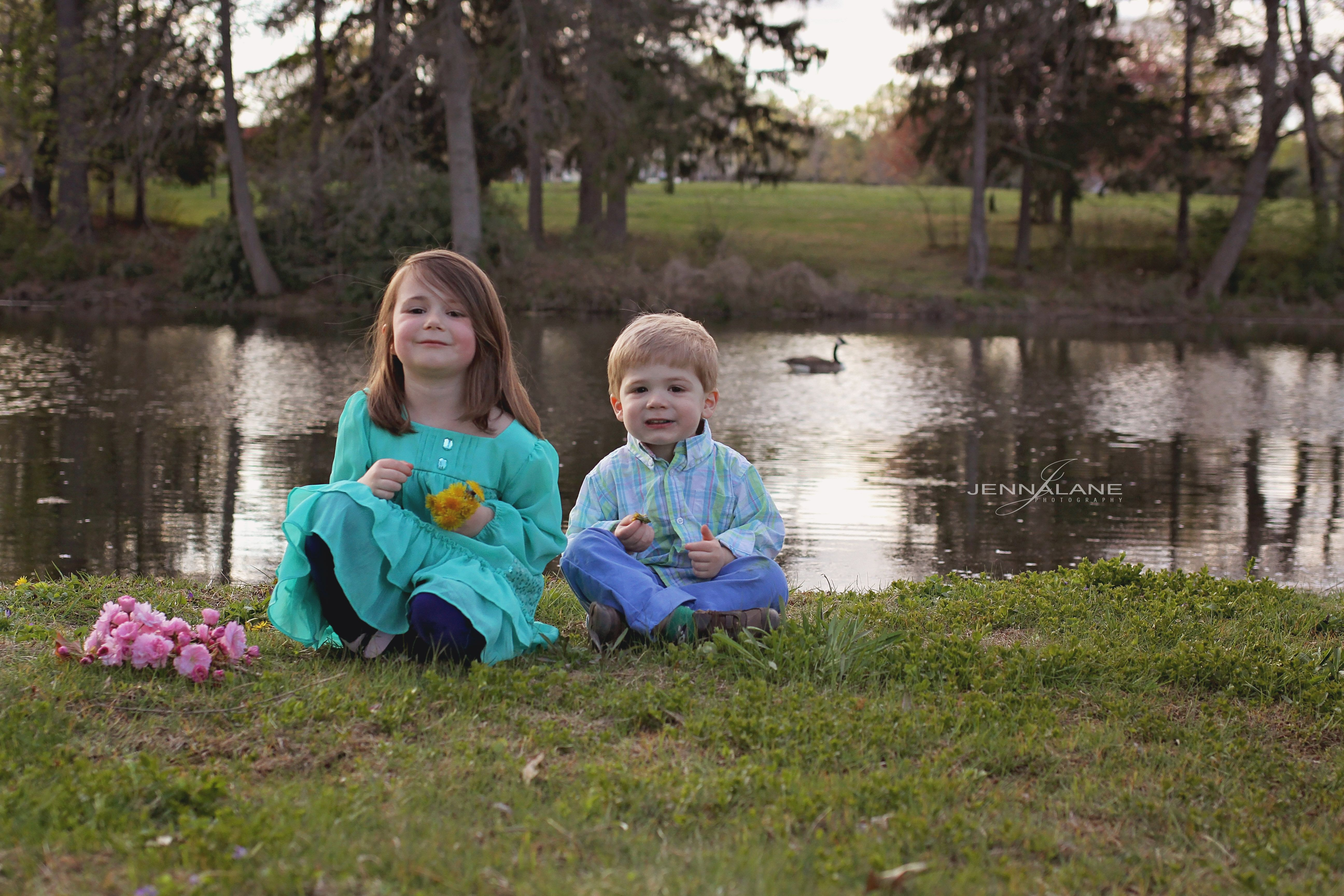#childphotography #babies #goldenhour #siblings #brothersister
