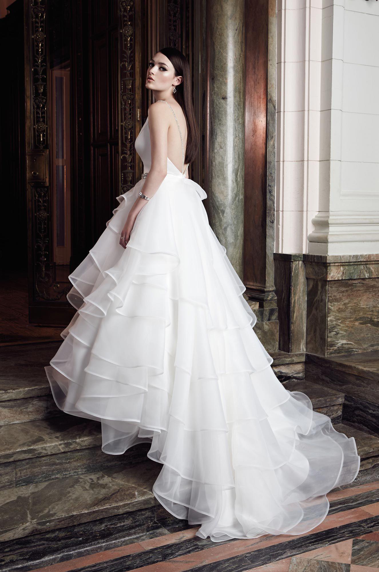 Ziemlich Brautkleid Typ Für Körpertypen Ideen - Brautkleider Ideen ...