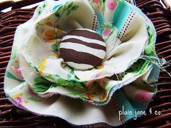 Sweet DIY fabric flowers