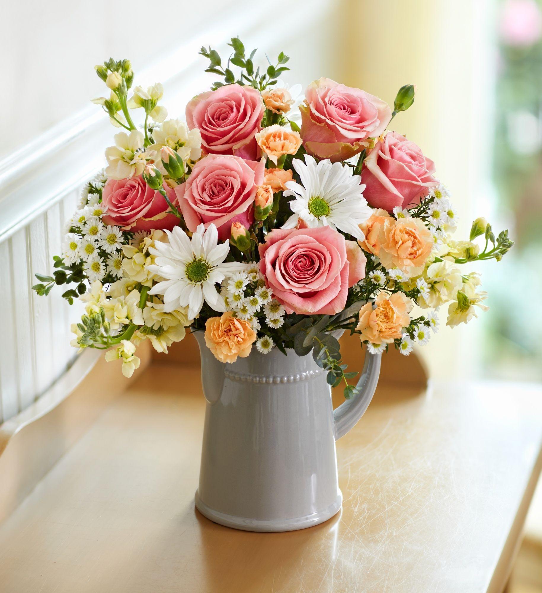 Flower Bouquets In 2020 Easter Flower Arrangements Birthday Flowers Arrangements Fresh Flowers Arrangements