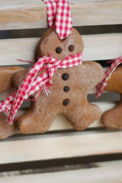 Cinnamon salt dough makes for a strong, sturdy gingerbread man. Dress him  up with a checkered scarf (in case he gets cold). Get the tutorial at Where  Your ... - 55 Homemade Christmas Ornaments For Your Tree CHRISTMAS