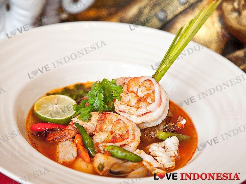 Situs portal direktori Indonesia dari restaurant, bar & club, hotel, spa, tempat shopping, movie, dan nomor emergency penting lainnya