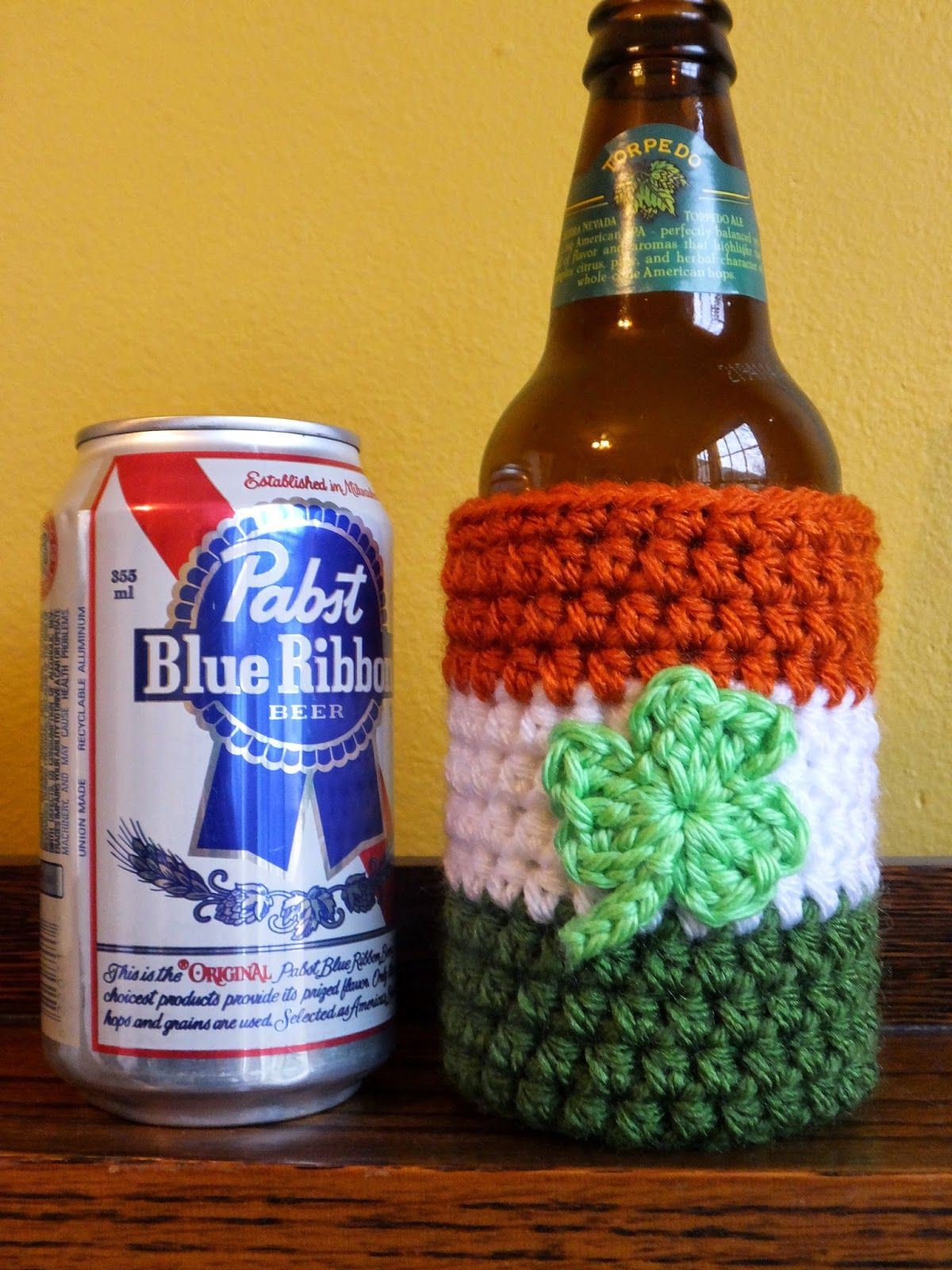 As promised, a brand new pattern using the shamrock embellishment I ...