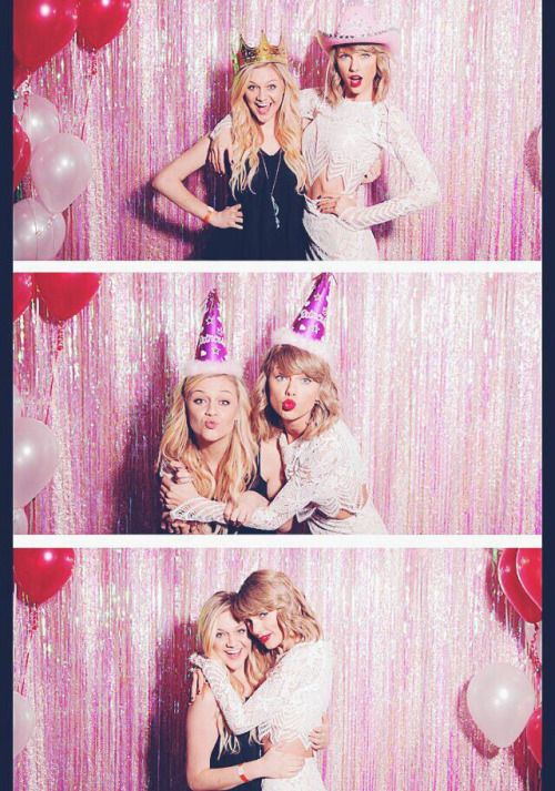 Taylor Swift and Kelsea Ballerini. I would die of happiness if they recorded a song together!