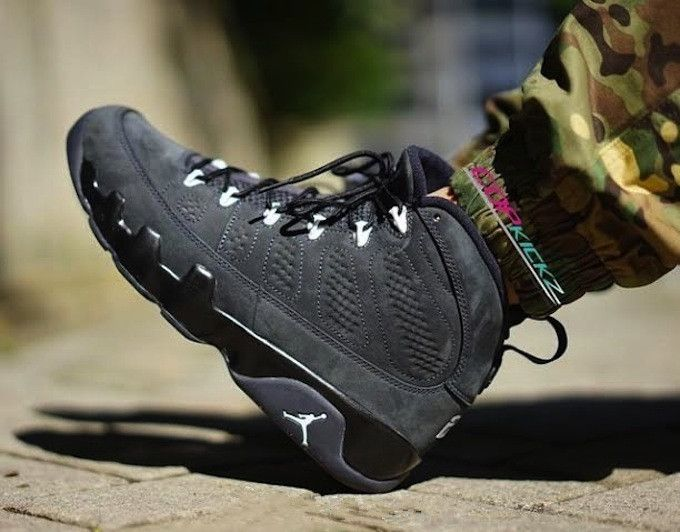 pretty nice 6c486 842c6 302370-013 Air Jordan 9 Retro Anthracite Black-White