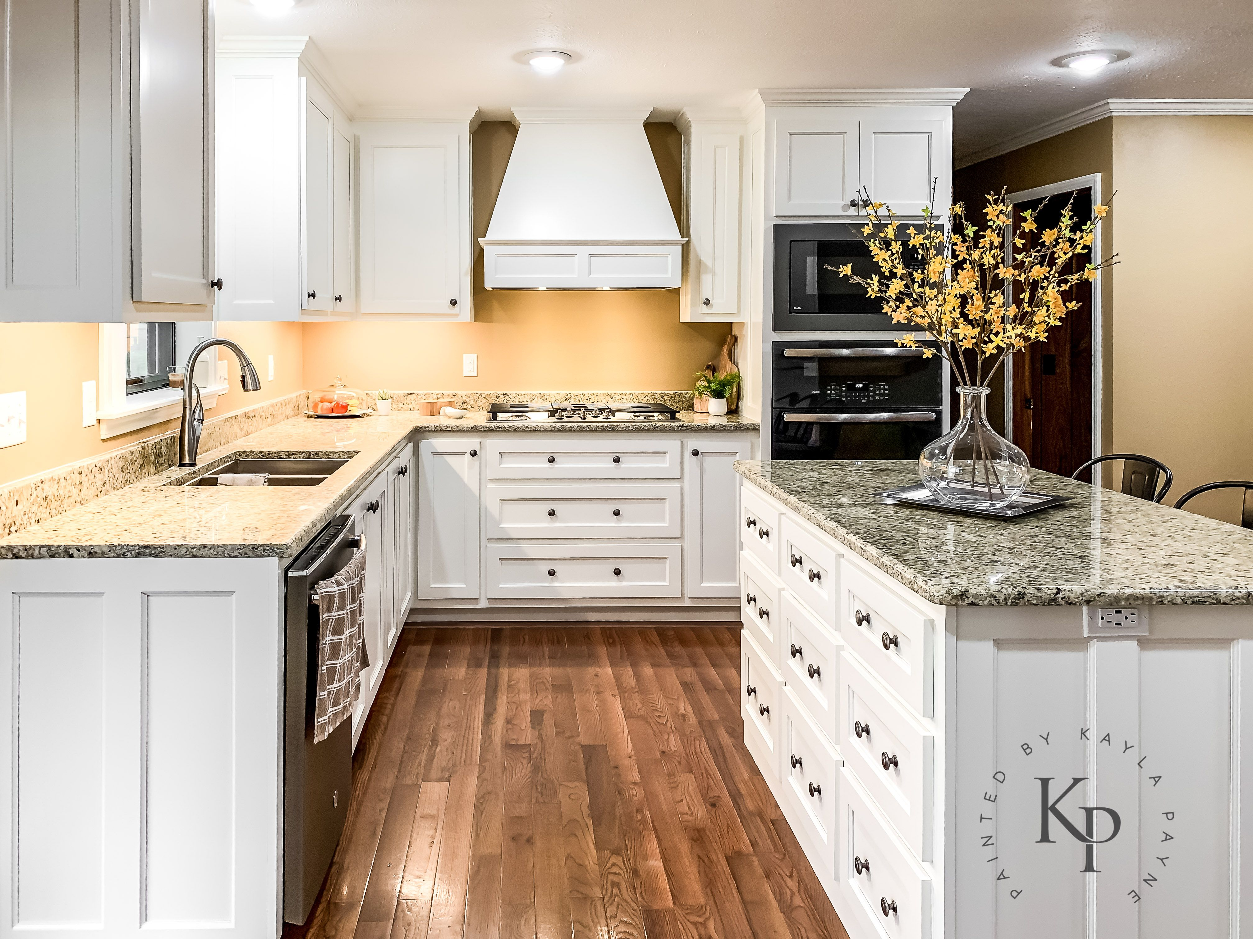 Kitchen Cabinets In Sherwin Williams Dover White Painted By Kayla Payne Painted Kitchen Cabinets Colors Best Cabinet Paint Kitchen Cabinet Colors