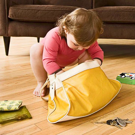 What items in your home are really dangerous for children? 10 safety hazards that could be harmful: http://www.parents.com/baby/safety/babyproofing/safety-hazards/?socsrc=pmmpin130327pttSafetyHazards