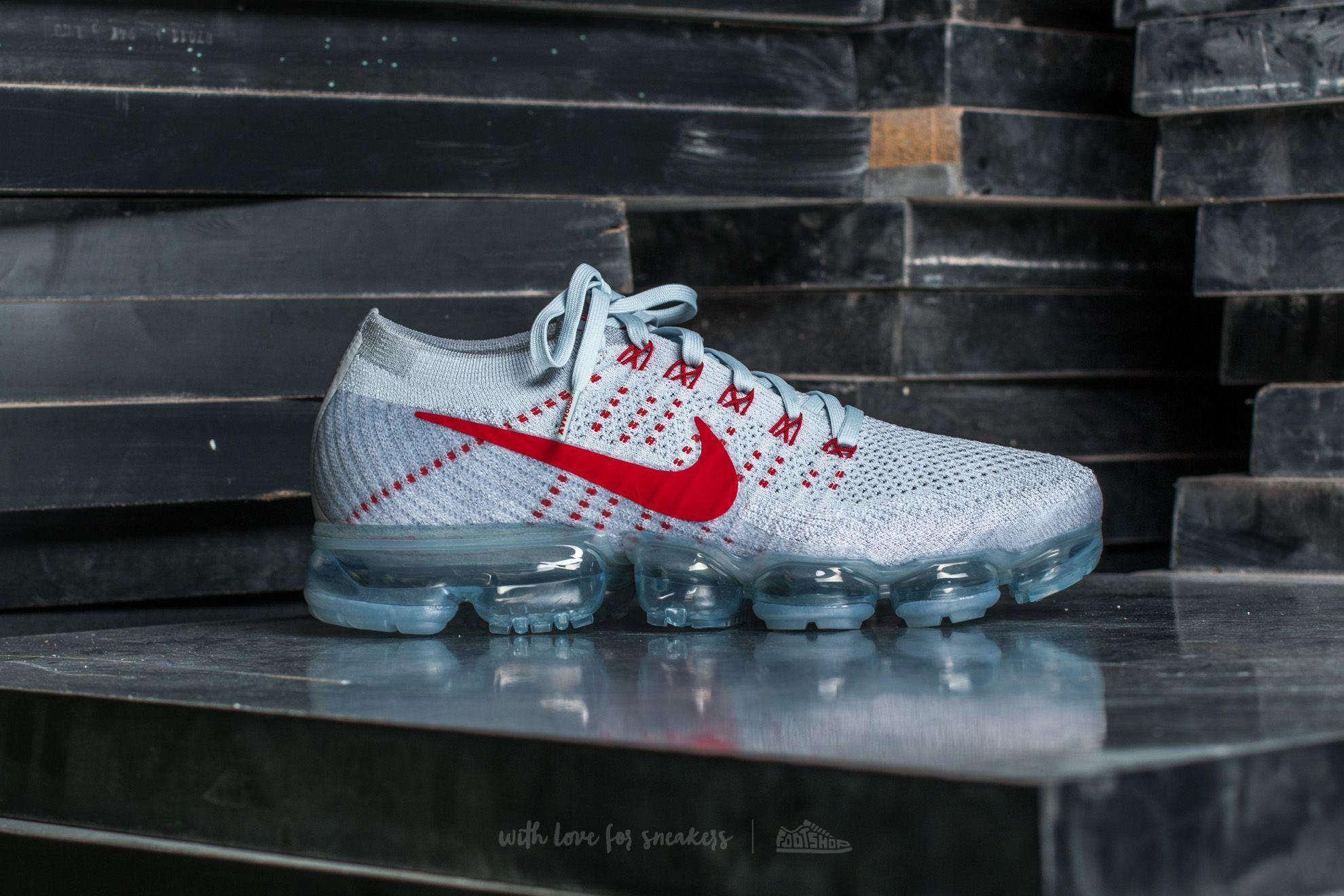 online retailer e9aa4 a5332 Nike Air Vapormax Flyknit Pure Platinum  University Red pour le meilleur  prix 211 € acheter sur Footshop