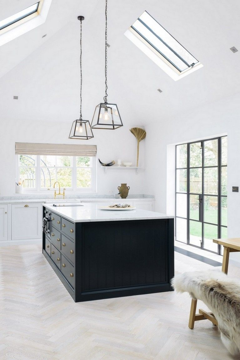 105 Incredible Industrial Kitchen With Shaker Cabinets Design Ideas Kitchenideas Kitchenremodel Ki Modern Farmhouse Kitchens Home Kitchens Kitchen Flooring
