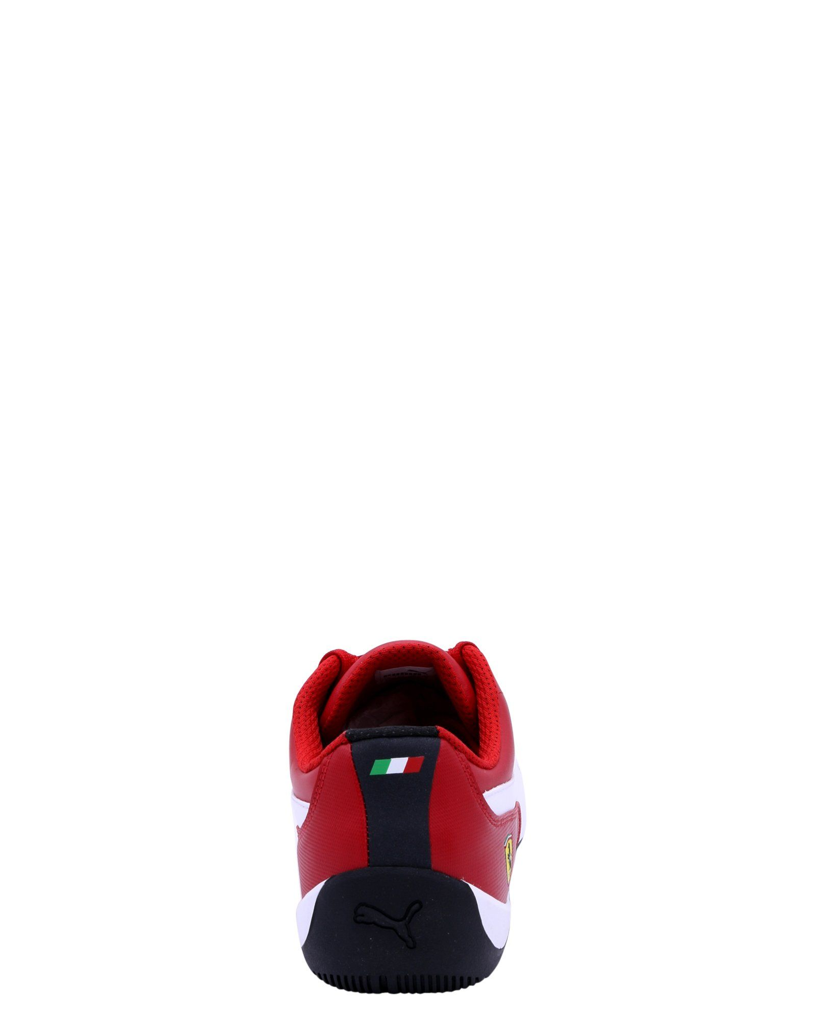 The Puma Ferrari Drift Cat 7 sneaker is simple yet fashionable and maintains  the DNA of 880deeee1