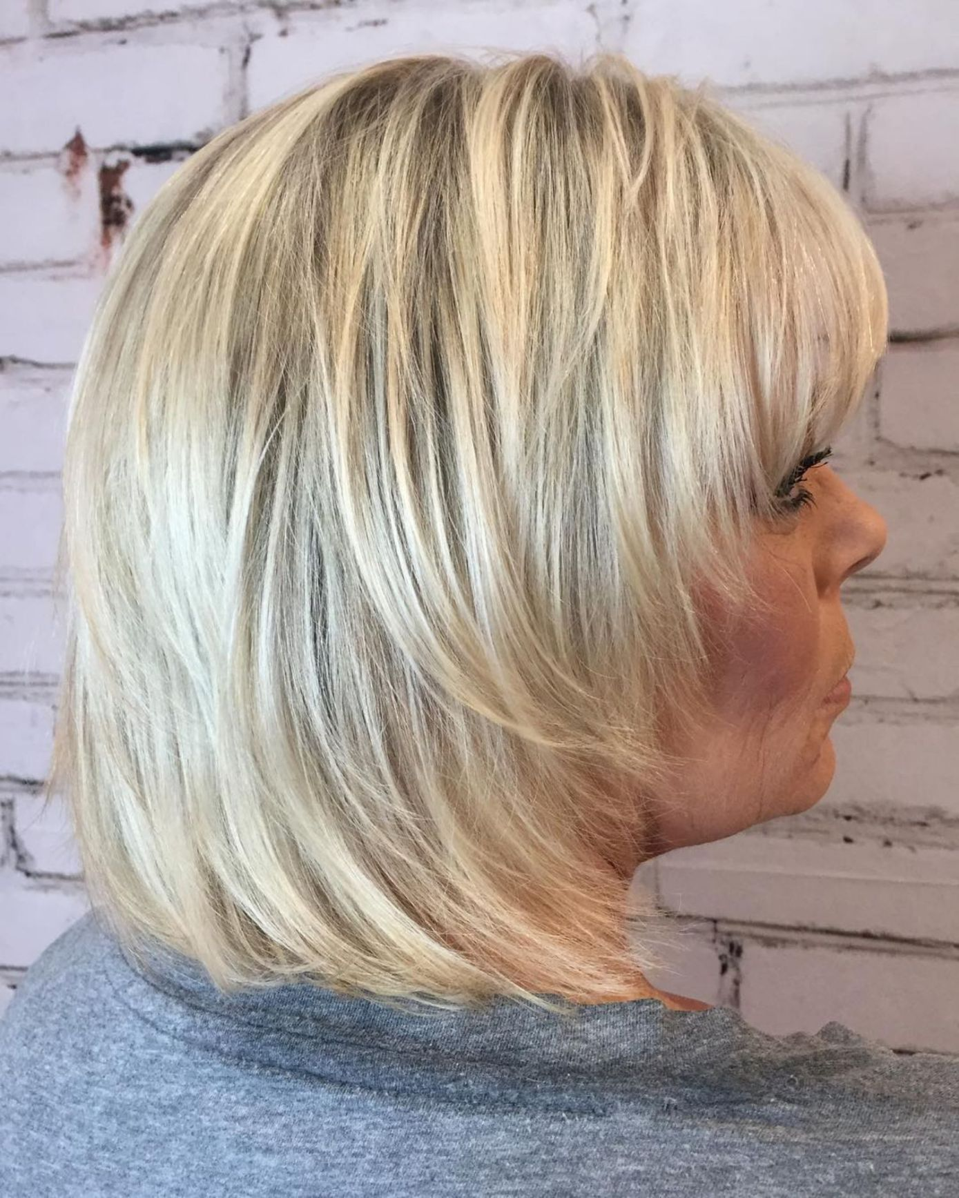 20 Shaggy Hairstyles for Women with Fine Hair over 50 ...