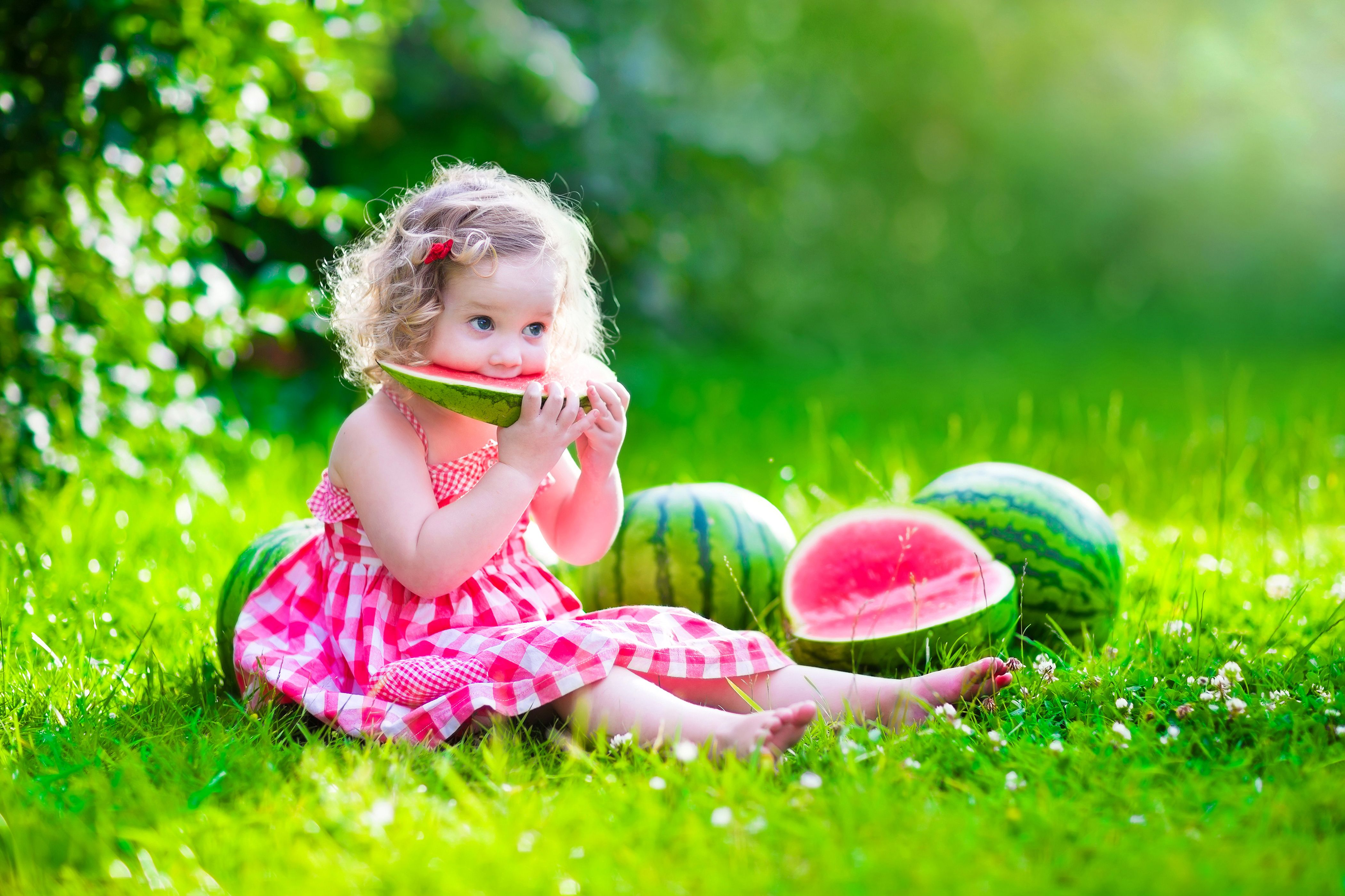 Cute Baby Girl Wallpaper Hd Download For Desktop Mobile Baby Girl Wallpaper Cute Baby Girl Wallpaper Watermelon Photo Shoots