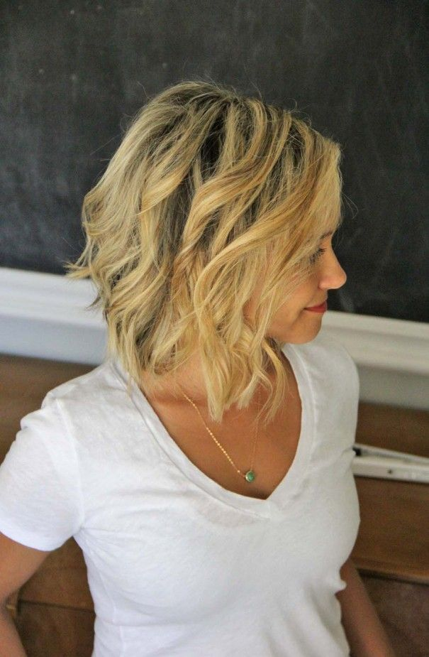 How To Beach Waves For Short Hair Style Little Miss Momma Cheveux Cheveux Blond Cheveux Courts
