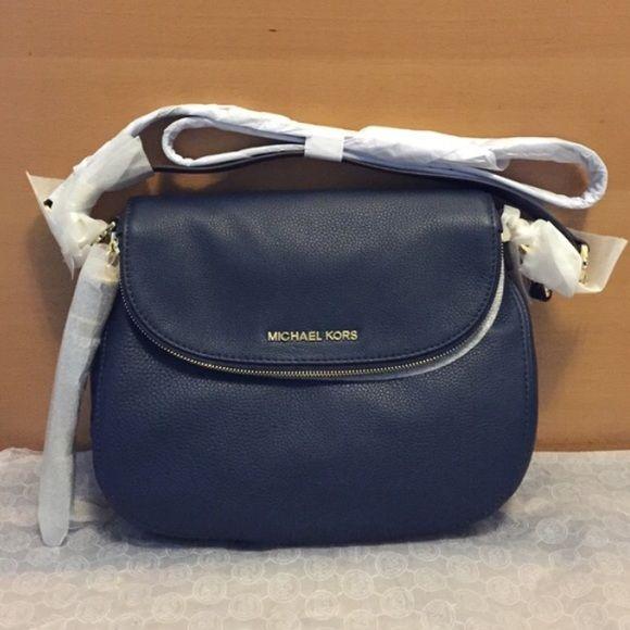 ✌ So Pretty ✌▄▄▄▄▄▄▄▄ MK Handbags Value Spree: 3 Items Total - 99 USD ONLY!