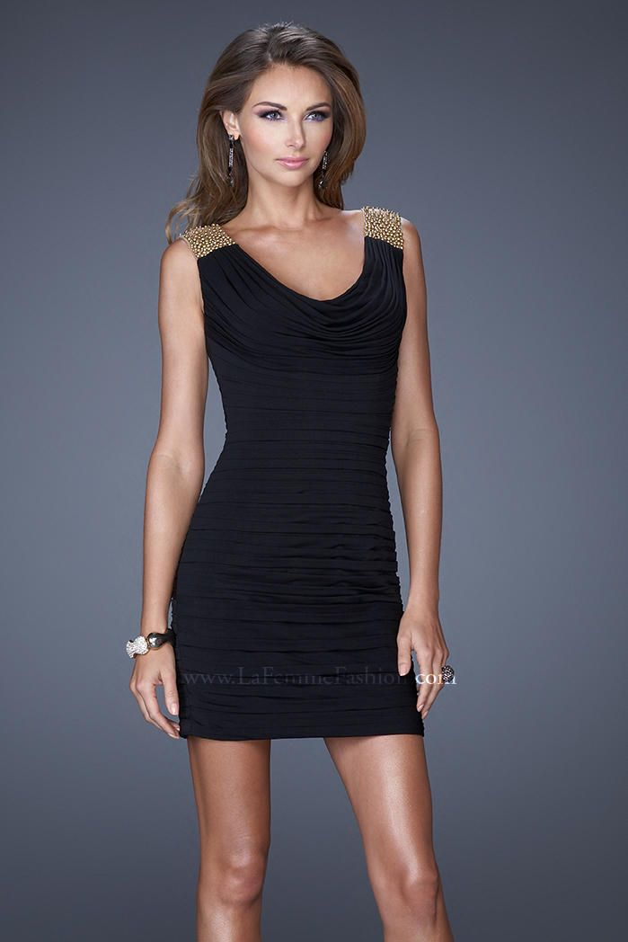cocktail Short fitted black dress strapless