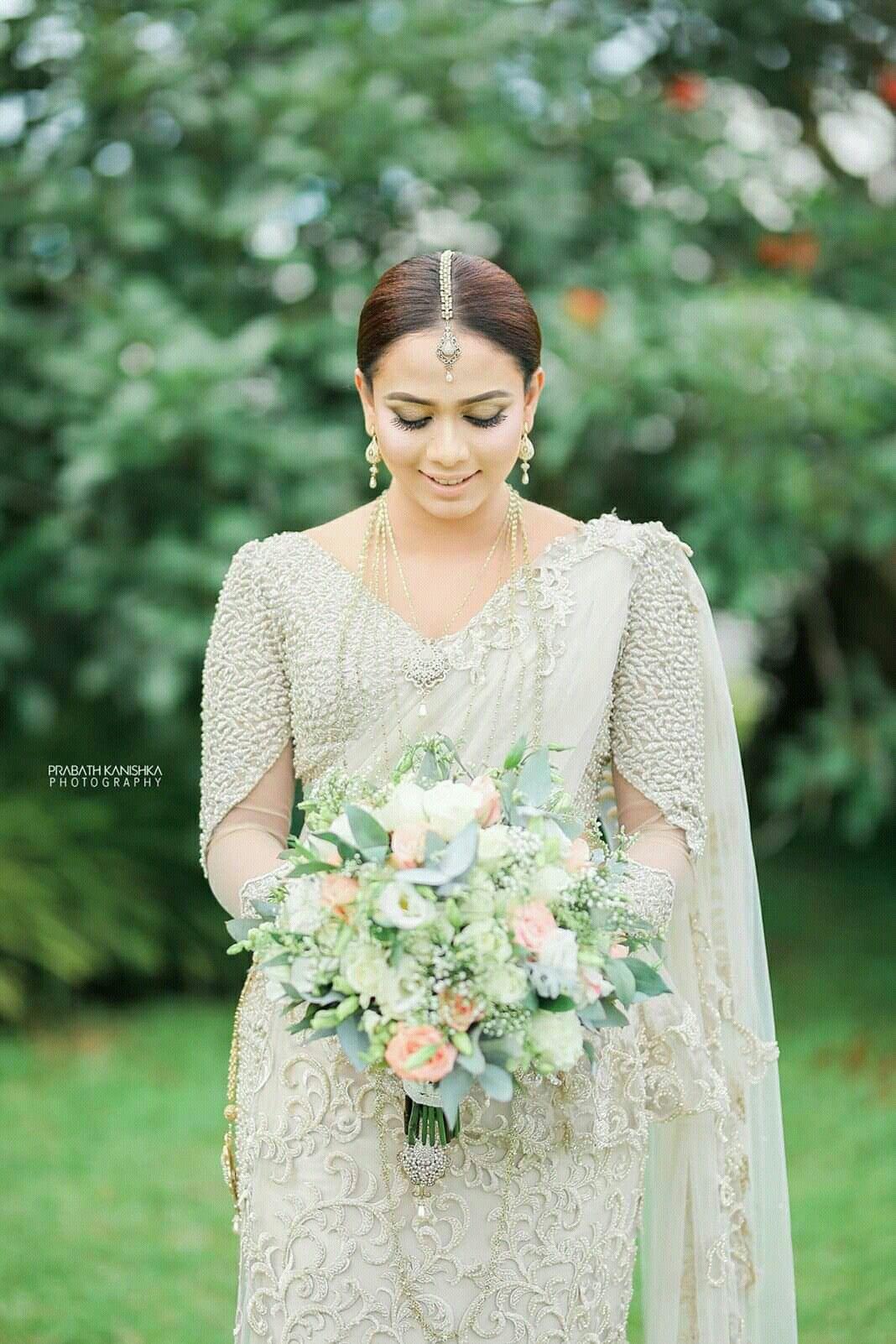 Modern Kandyan Bride Sari Wedding Dresses Bridesmaid Saree Bridal Dress Design