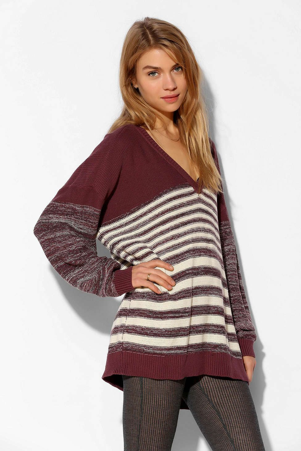 BDG Boyfriend V-Neck Sweater - Urban Outfitters | Style ...