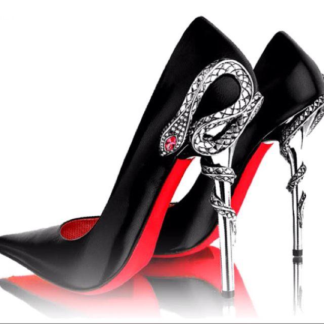 gianmarco lorenzi snake pump | Heels, Me too shoes, Green heels