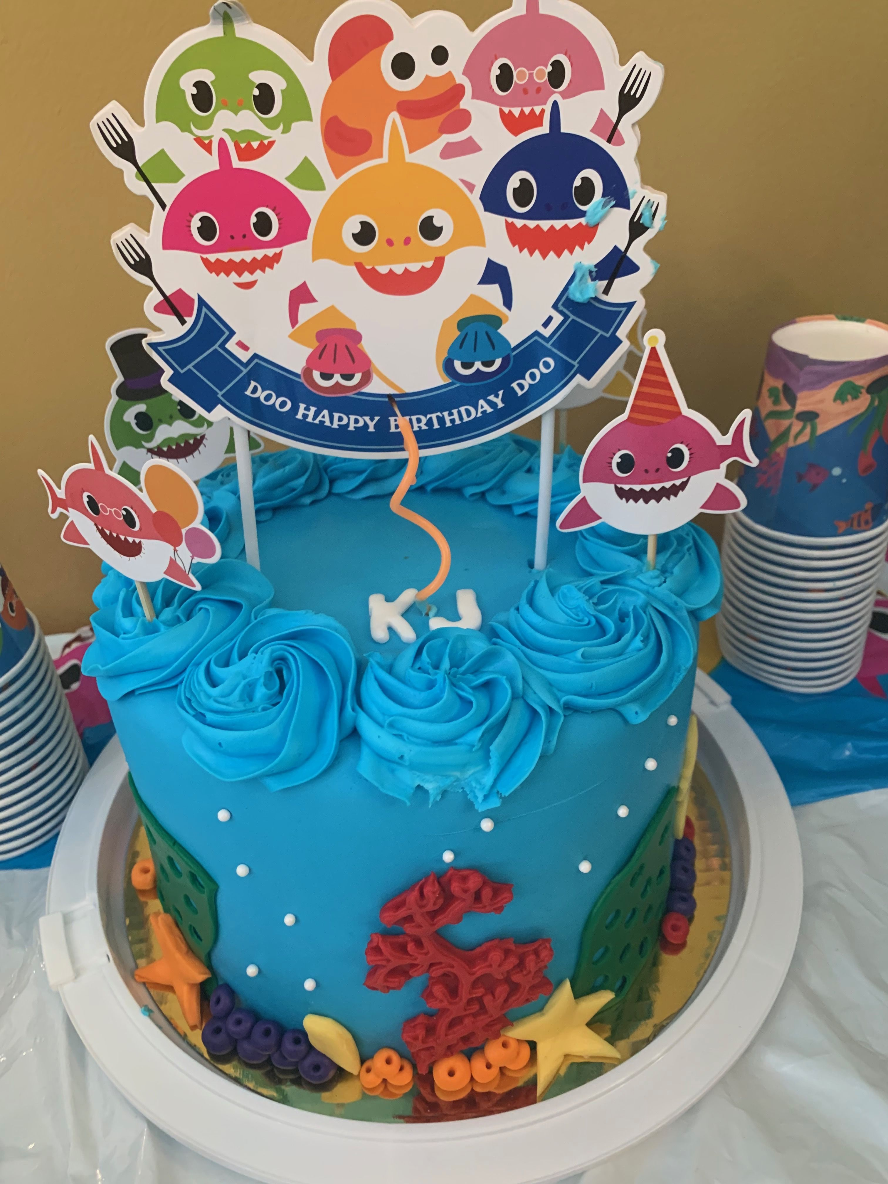 Diaper cake baby boy Garfield Pampers | Baby shower, Baby