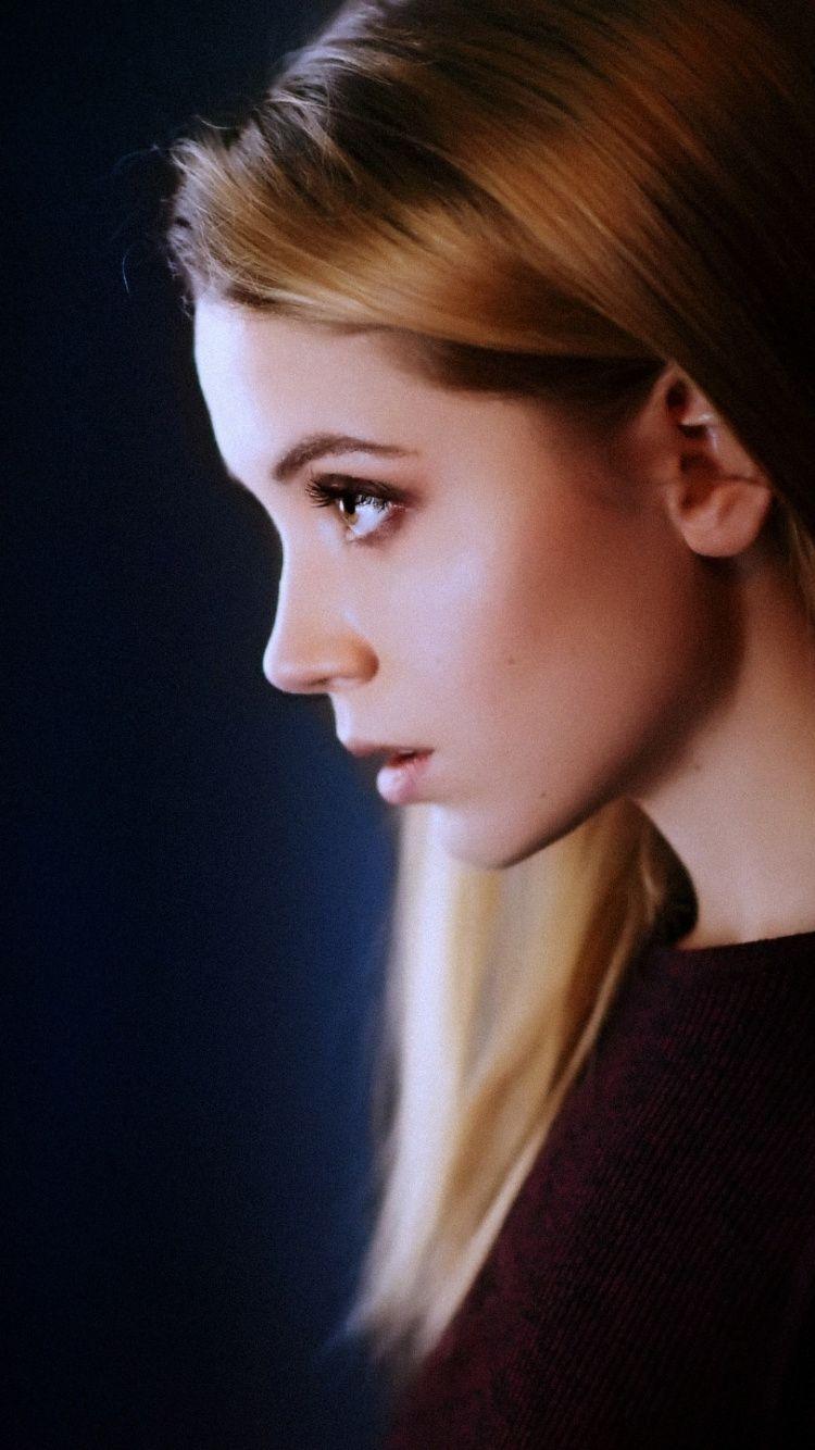 Ksenia Kokoreva Portrait Girl Model 750x1334 Wallpaper Images, Photos, Reviews