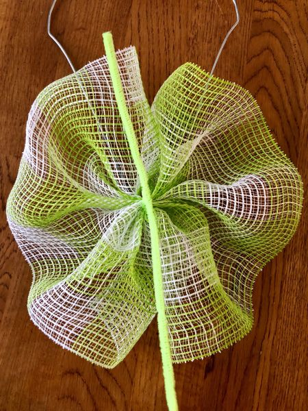 Christmas DIY Deco Mesh Swag Wreath Made Using The Ruffle Method With A Wire Coat Hanger