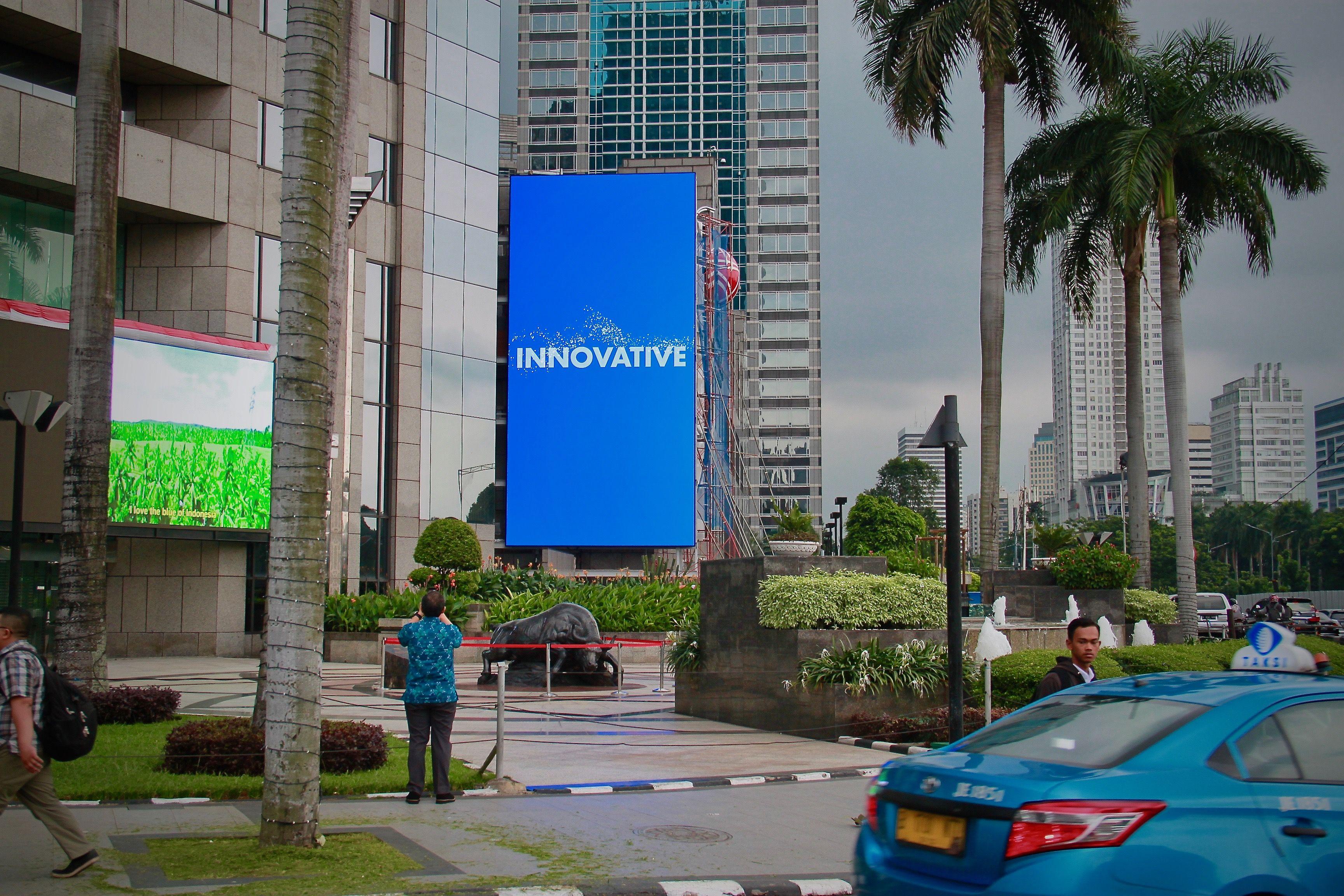 10mm daktronics led display @ Jakarta - Indonesia | videotron ...