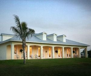 Check Out These Retirement Resort Homes And Communities Best Places To Retire Resort Home