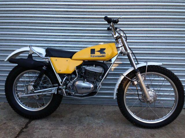 1975 1976 Kawasaki KT 250 Trials Rear Fender