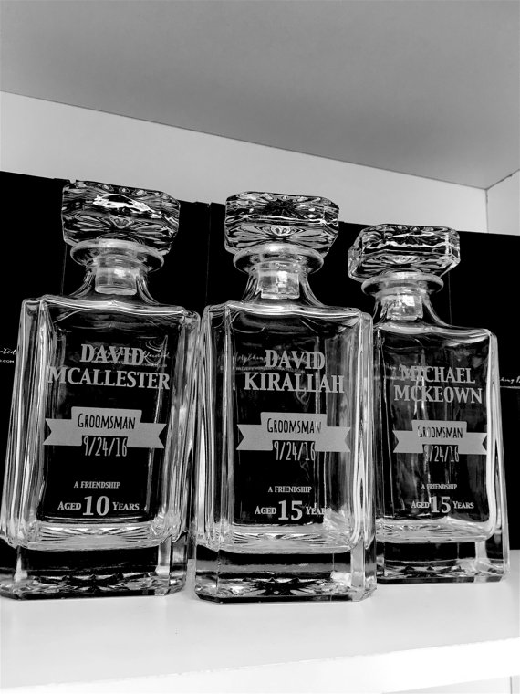 Custom Engraved Whiskey Decanters Groomsman Gift Wedding Favors For Groomsmen
