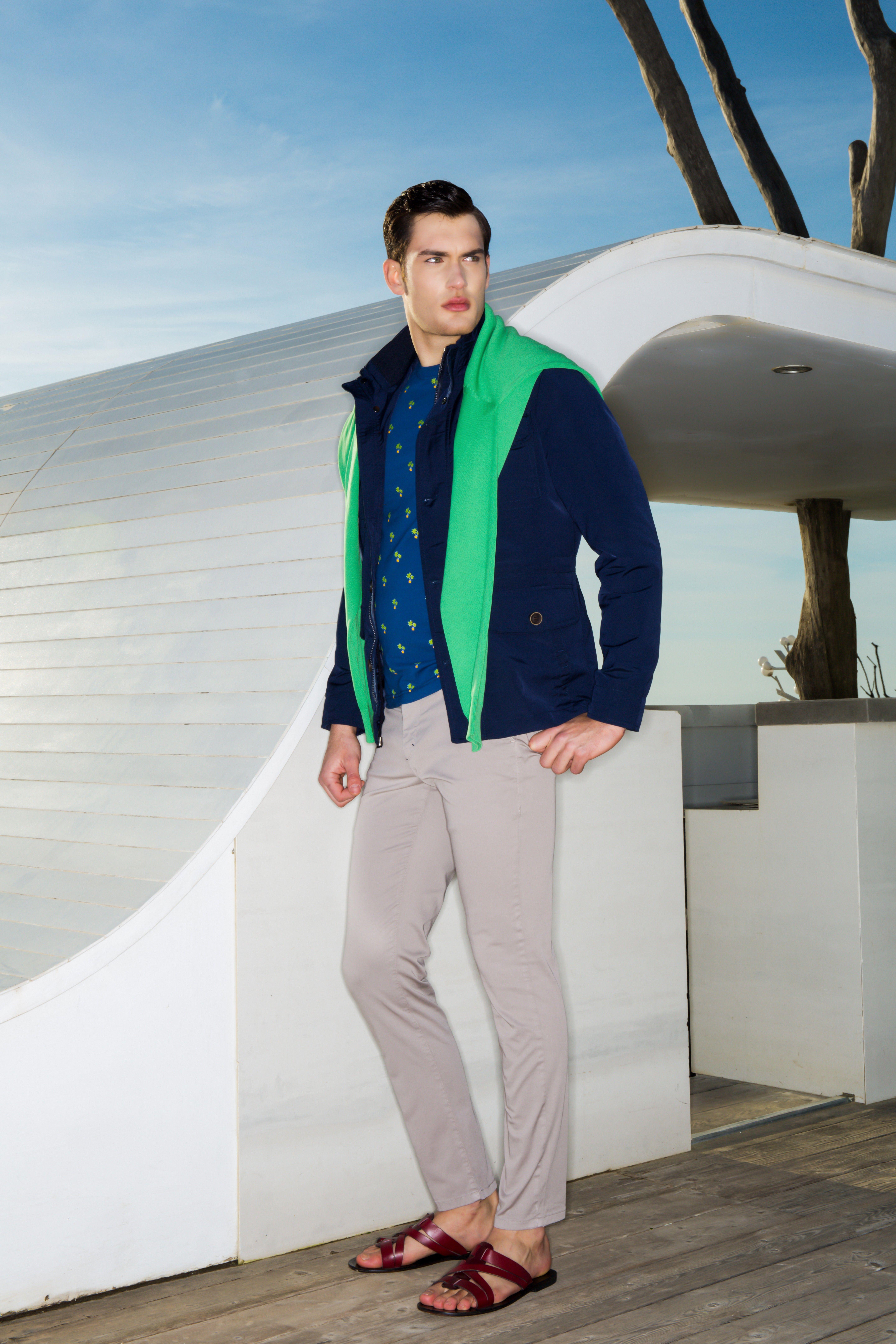 Emporio Armani Spring 2017 Ready-to-Wear Collection
