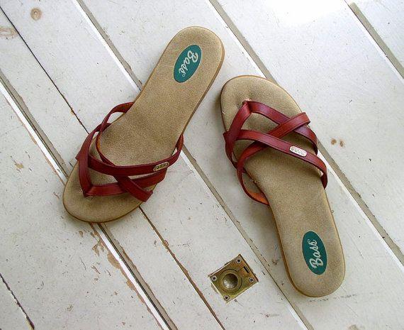 c5ded126f7f Vintage 1980s Farmers Market Sandals   80s Leather Flip Flops   Bass Cognac  Leather Strappy Slides