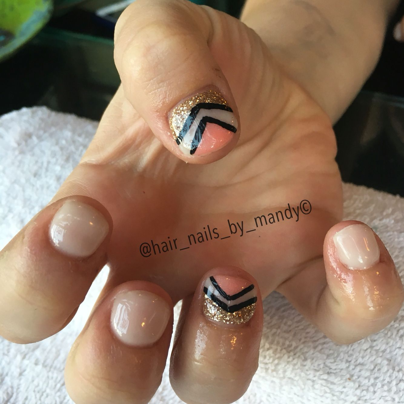 Nude Nails With Design Nails Ive Done Pinterest Nude Nails