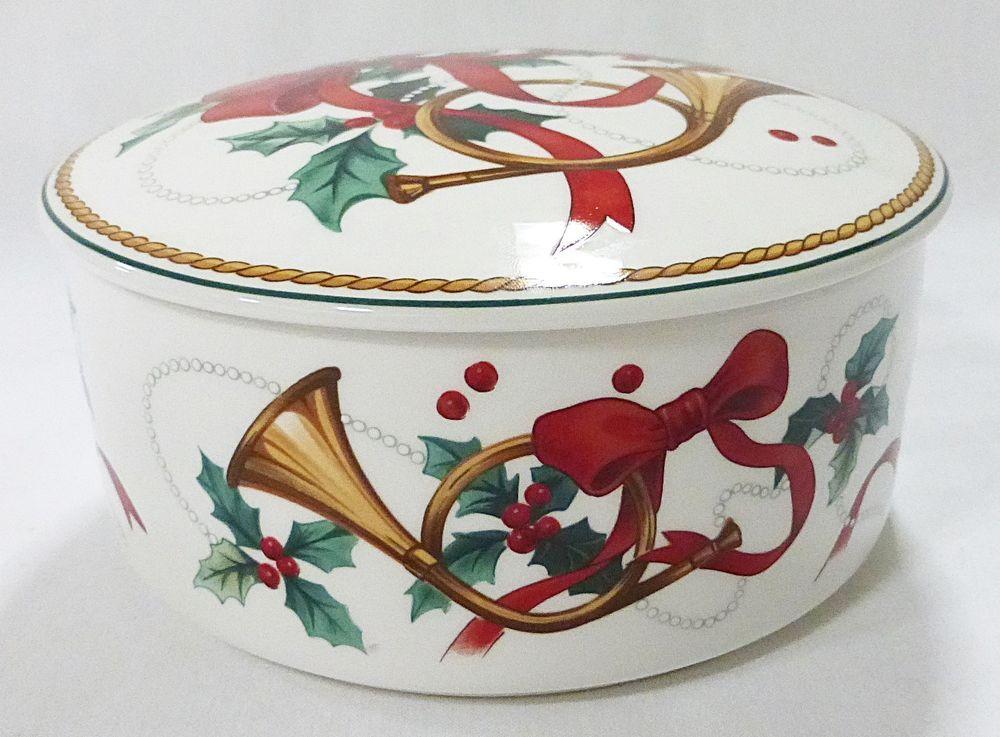 Mikasa Christmas Dishes
