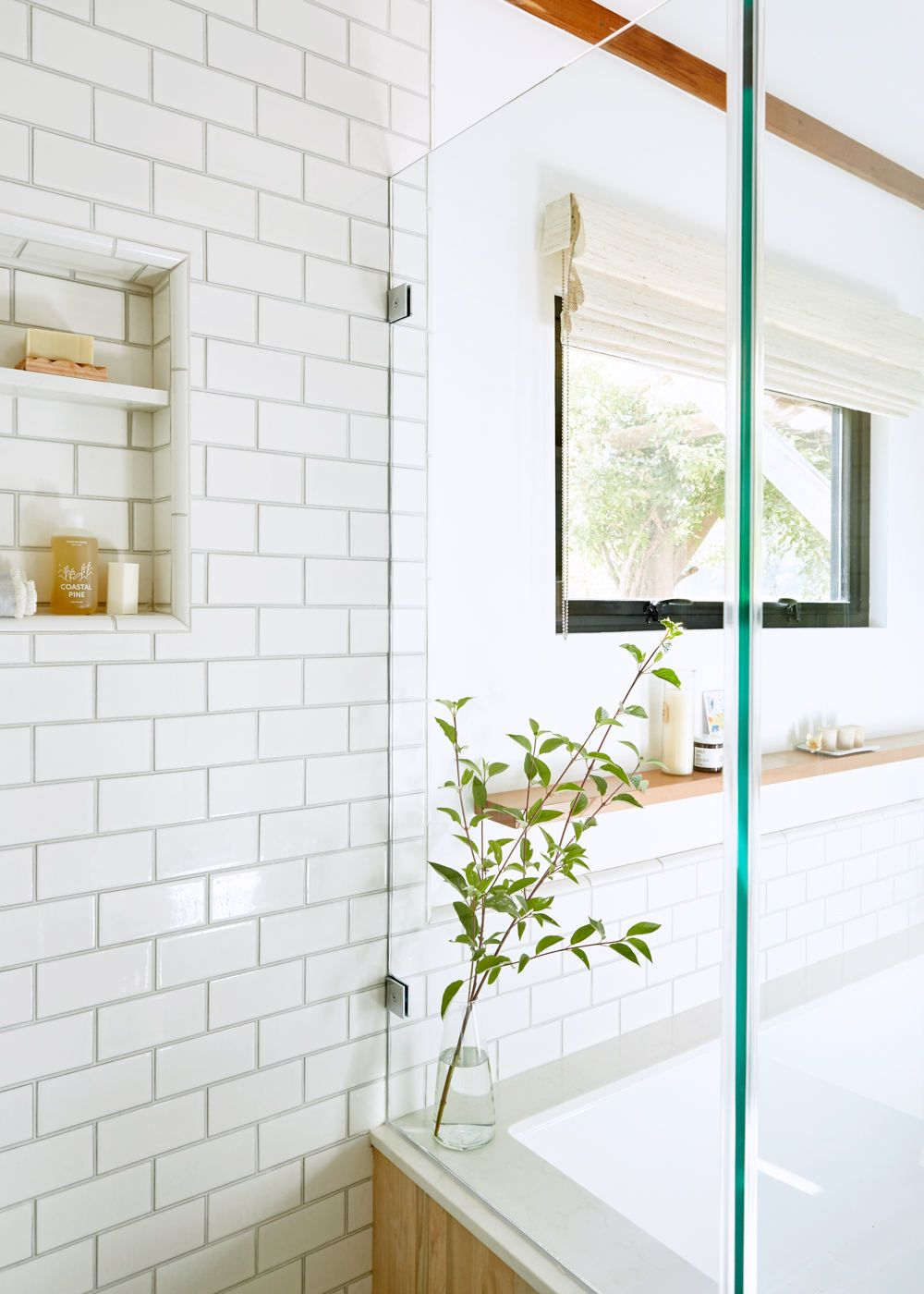 Bathroom Of The Week A Spa Like Sanctuary In A Sonoma County Cottage Remodelista Bathroom Spa Subway Tile Showers Luxury Bathroom