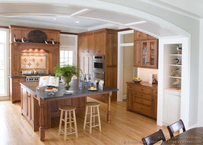 Kitchen of the Day Traditional light wood kitchens (By Crown Point
