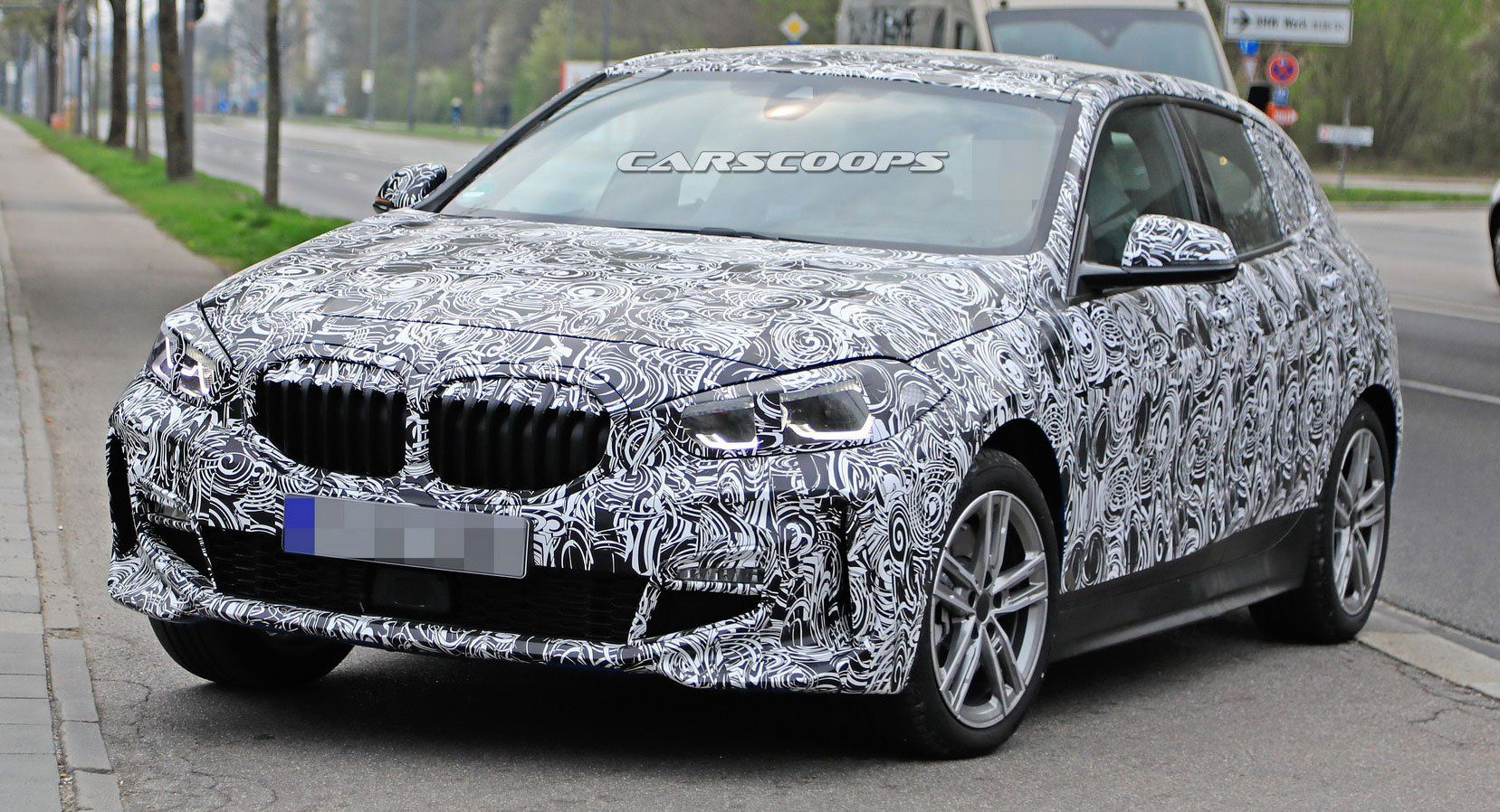 2020 Bmw 1 Series Here S A Better Look At Fwd Hatch S Face While
