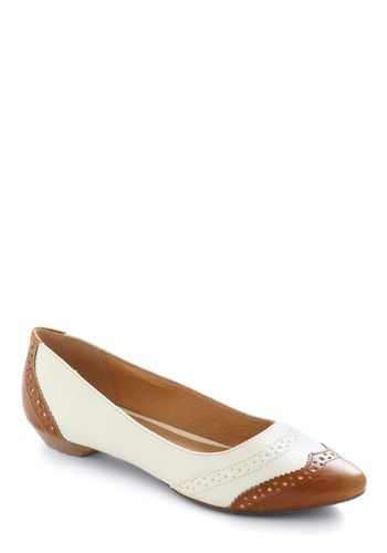 Classy Pathway Flat  The first word says it all about this timeless classic in a flat!!! These classy flats would be great in dresses, skirts, dressy casual, flowy pants! So many style ideas with these shoes! I want them!