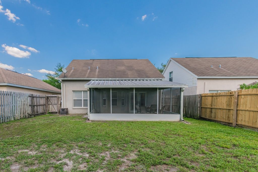 5709 tanagerlake rd lithia fl 33547 zillow zillow