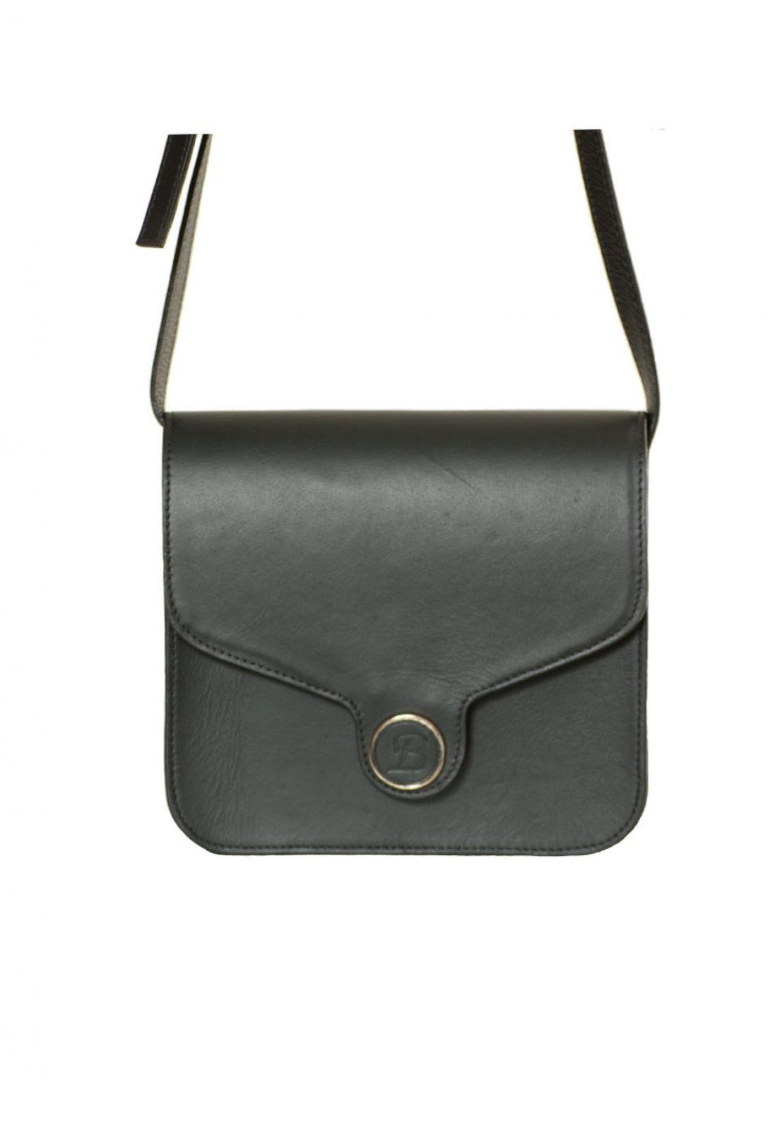 9c737159a Bolsa La Bijorca Pequena Preto | Products | Bolsas, Couro liso e Preto